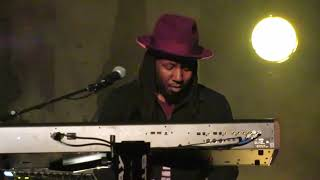 "Gary Clark Jr. ""Pearl Cadillac"" 3 23 19 The Beacon Theater, N.Y.C."