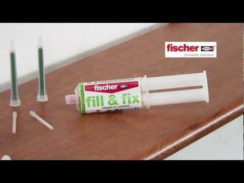 La cura di eczema di shampoo graffi staccanti è a capo di capelli della pelle