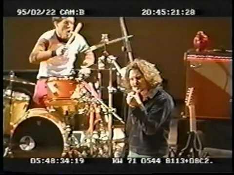 Pearl Jam 1995-02-24 Taipei, Taiwan
