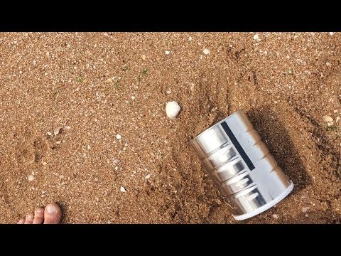 "Mars on Earth: a pinhole ""camera"" at the beach"