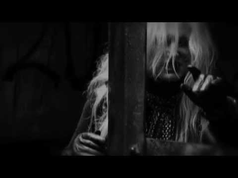 "PAMELA MOORE ""PARANOIA"" (OFFICIAL VIDEO)"