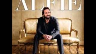 Music Of The Night - Alfie Boe  (Video)