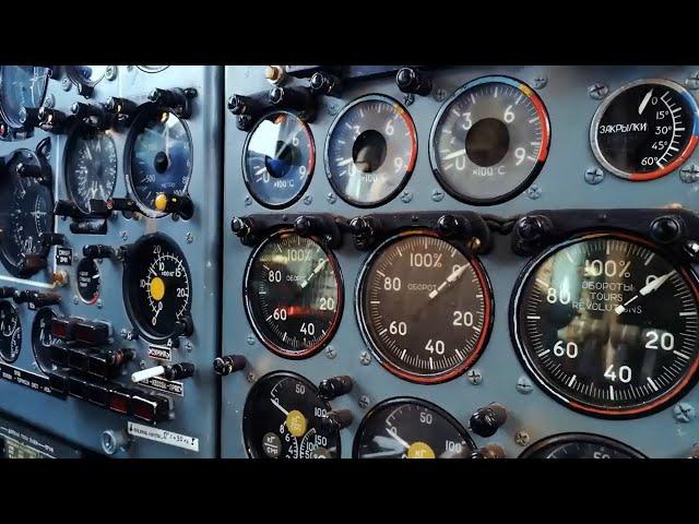Обществу представили кабину пилотов самолёта МС-21