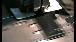 CO&IN srl - Foro, Occhiellatura e Annodatura automatica di cartellini