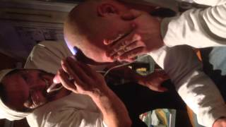 First Head Epilatet Video Marvin bekommt den Kopf  epiliert