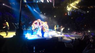 Garth Brooks, Trisha Yearwood live: opening act: Rodeo