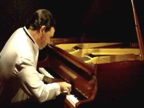 Antônio Carlos Jobim -- Insensatez (How Insensitive)
