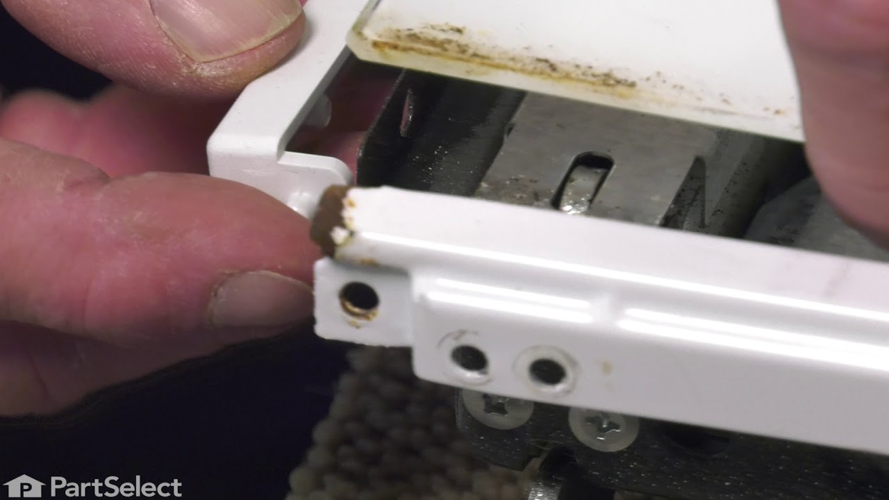 Replacing your Whirlpool Range Side Trim - Left Side - White