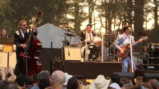 """Ring Of Fire"" - Chris Isaak - 2014 Hardly Strictly Bluegrass"