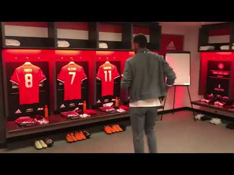 Rio Ferdinand   The Manchester United dressing room for