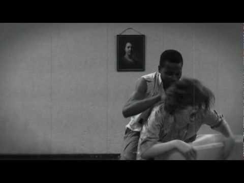 Zombie 2-Rape