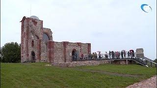 Новгородцы и туристы бесплатно посетили церковь Благовещения на Городище