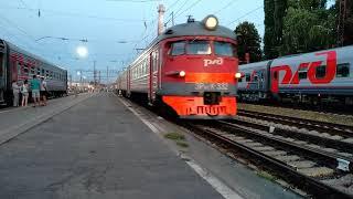 Электропоезд ЭР9ПК-332 станция Воронеж-1 18.08.2018