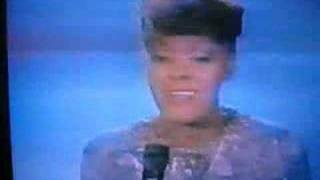 Dionne Warwick  sings Aretha- Who's Zoomin Who?!!