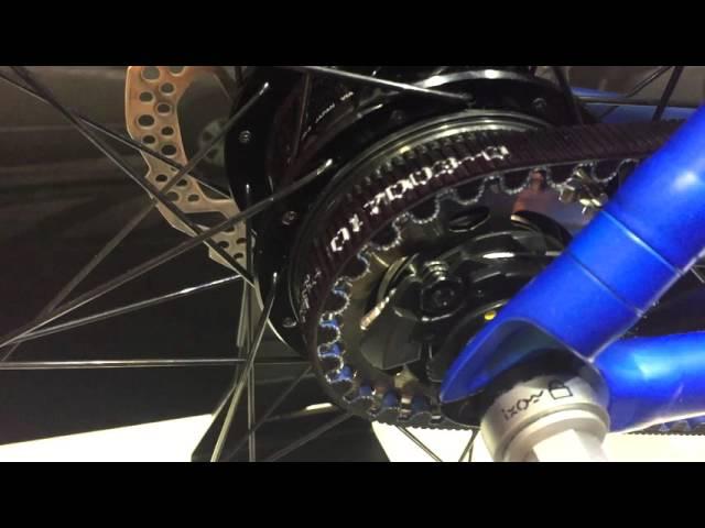Видео Втулка задняя Shimano Alfine SG-S7001-8 32H, 8-speed серебристо-черная