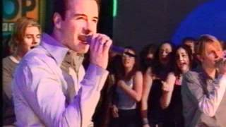 Westlife makes history: Fool Again on TOTP (Top of the Pops.wmv