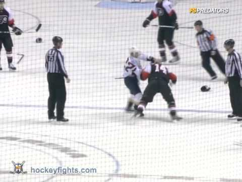 Jordin Tootoo vs. Ian Laperriere