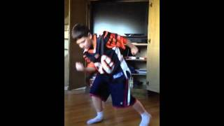 Autistic kids can dance too- moves like jagger