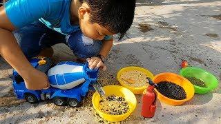 Trò Chơi Xe Máy Trộn Bê Tông ❤ ChiChi ToysReview TV ❤ Đồ Chơi Trẻ Em Baby Concrete Mixer