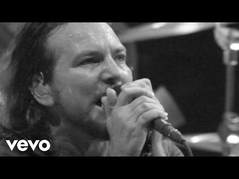 Pearl Jam - Amongst The Waves