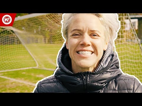 U.S. Soccer Player vs. Regular People | Lori Lindsey