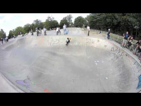 Wakefield skatepark with Joe Howard - Haunting Skateboards