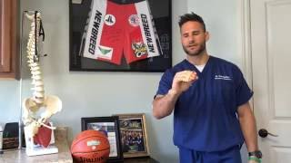 HOW TO USE A RUBBER BAND TO HELP WRIST PAIN AND CARPAL TUNNEL SYNDROME WITH DR. TODD RODMAN, DC
