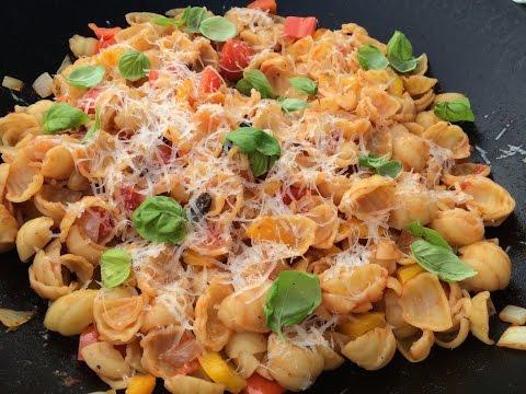 Gemüse & Pasta aus dem Grill-WOK