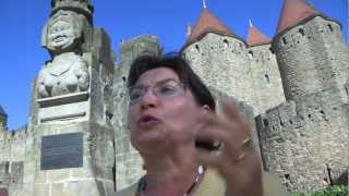 preview picture of video 'La Cité de Carcassonne et la légende de Dame Carcas'