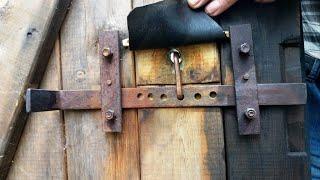 Смотреть онлайн Как сделать замок для двери своими руками