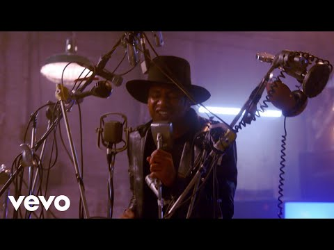 A Tribe Called Quest - We The People.... (Official Music Video)