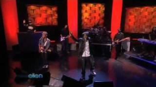 B.O.B Ft. Bruno Mars   Nothin' On You (live In Ellen)