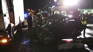 В лобовом столкновении в Днепре погибли два человека, еще трое госпитализированы