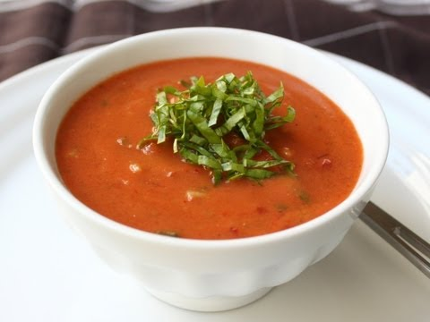 Gazpacho Recipe – Cold Tomato Cucumber Pepper Soup