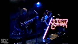 Divinyls - Boys In Town (1981)
