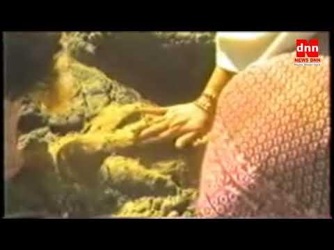 Shri Mata ji Makeing Shri Ganesha on sea shore