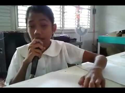 ילדה עיוורת שרה בעזרת כתב ברייל - מדהים!