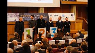 Eccentrico vince il primo premio al prestigioso Premio Nazionale di Diulgazione Scientifica Giancarlo Dosi promosso dall'Associazione Italiana del Libro e realizzato in collaborazione col CNR.
