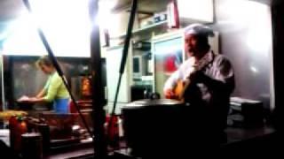 Zpívající číňan   Bláznova ukolébavka