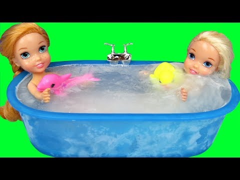 Ice bath !  Elsa & Anna toddlers ! Bubbles - Foam