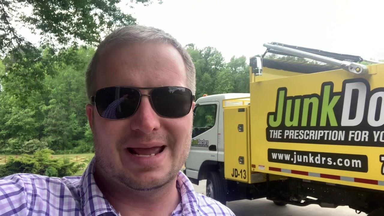 Isuzu NPR vs Mitsubishi Fuso Junk Removal Truck for your Junk Removal Business