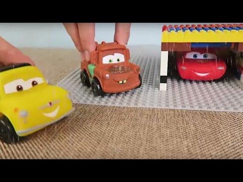 Disney Cars Toys. Lightning McQueens Garage.