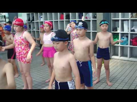 國光國小三年級游泳課暖身操-99/05/24.MP4 [3:02x720p]