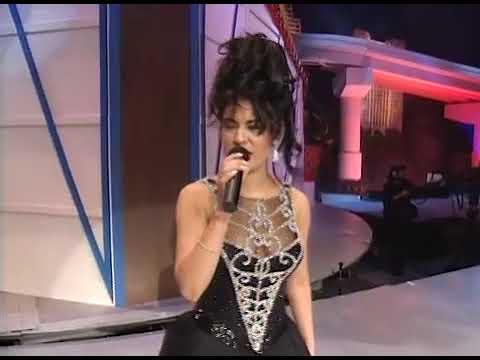 """Selena Quintanilla Interpretando """"No Me Queda Más"""""""