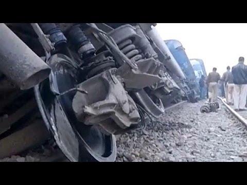 Ινδία: Δεκάδες νεκροί μετά από εκτροχιασμό τρένου