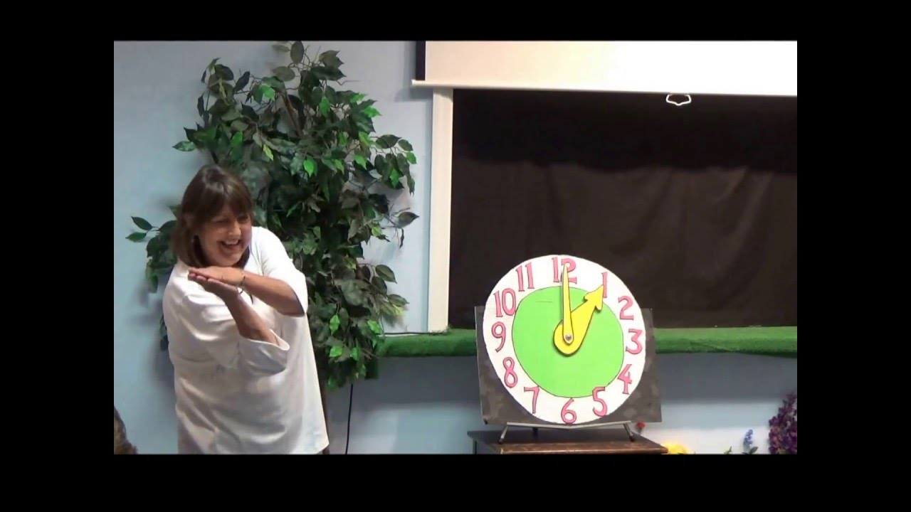Puppet Show for kids - Tic Toc Time