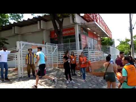 Contagem regressiva marca o fechamento dos portões dos locais de provas do Enem - Estado de Minas