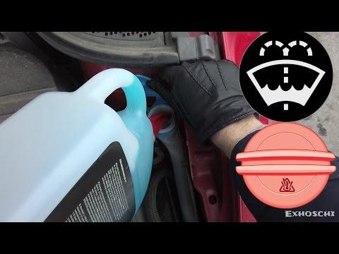 A31: Scheibenwischwasser und Kühlflüssigkeit nachfüllen, Öl prüfen, Motor