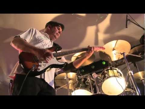 Thirsty Perch Blues Band - New Attitude (Live)