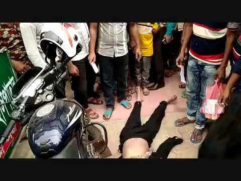 রাজশাহীতে ক্লিনিকের ছাদ থেকে পড়ে কলেজ ছাত্রী নিহত